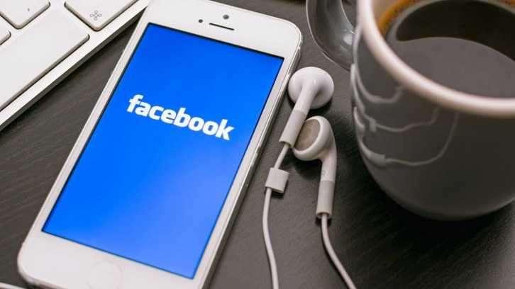 Facebook, haber kaynağı reklamlarını şimdi de Facebook Grupları içerisinde test ediyor.