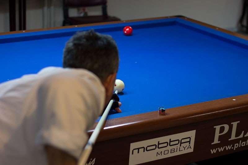 Medya sponsorluğunu Progela Reklam Ajansının üstlendiği 6. Cumhuriyet Bilardo Turnuvası tüm hızı ile devam ediyor.